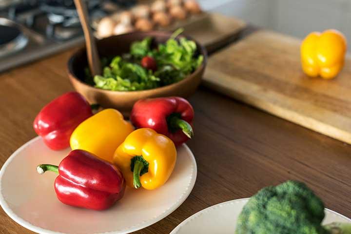 野菜不足解消にはもう1皿多く摂る必要がある